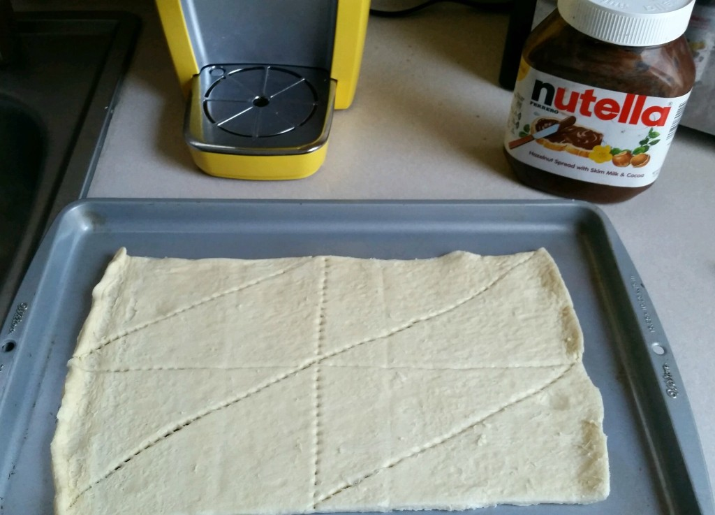 Nutella_rolls_step_1