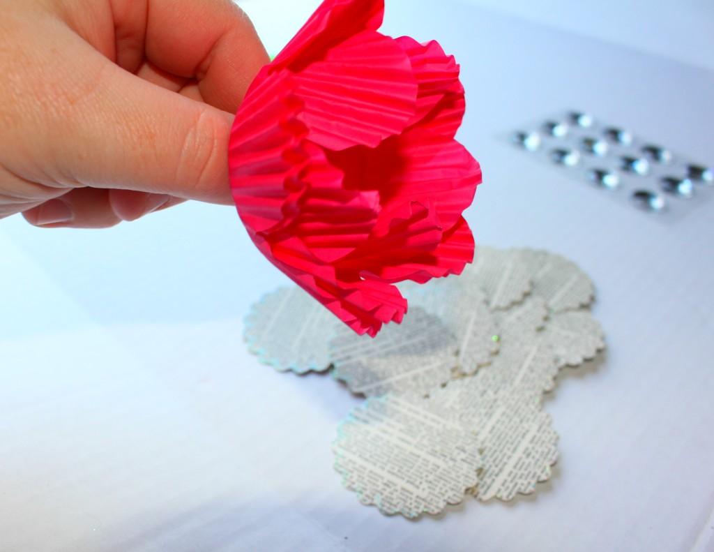 DIY_paper_cupcake_flowers2